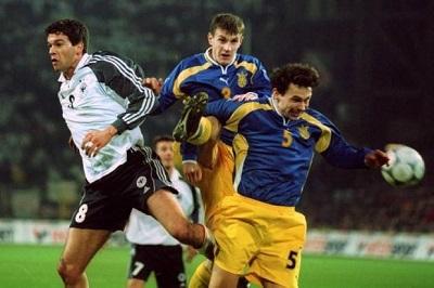 Футболка на Євро: Еволюція форми збірної України від 90-х до сьогодні - фото 8