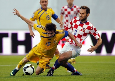 2009-06-06T190344Z_01_NSO05_RTRIDSP_3_SOCCER-WORLD