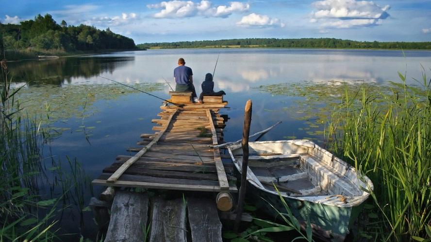 Рыбалка около высокого