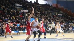 Баскетбол. Политехник в гостях уступает БК Николаеву