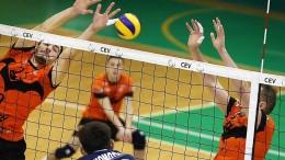 Волейбол. Локомотив берет суперкубок уверенно обыграв Барком-Кажанов