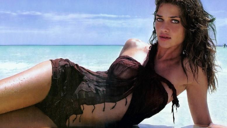 Ана Беатрис Баррос - супермодель с лицом ангела