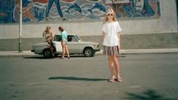 Ялта образца 90-х годов. Как кипела жизнь в Крыму в былые годы (34 фото)