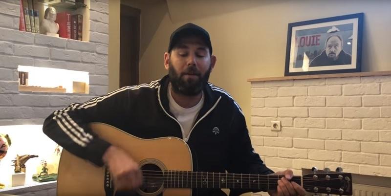 Семён Слепаков спел про чемпионат мира и Кадырова