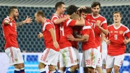 США требуют проверить футболистов сборной России на допинг