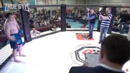 Бой Максим Новоселов против Артема Щукина. Узнайте кто победил молодость или опыт