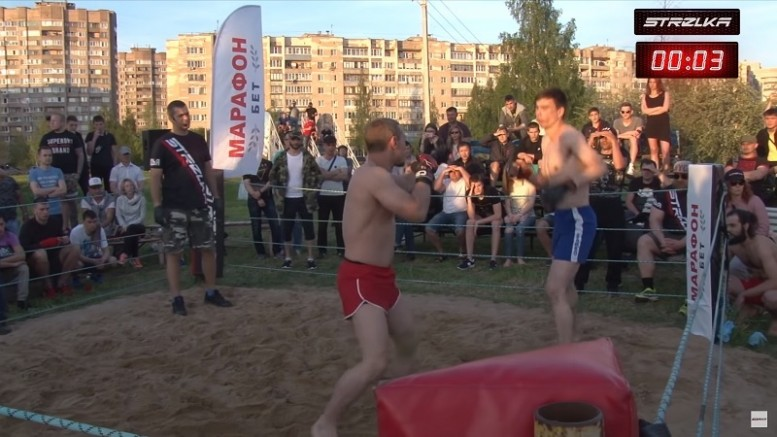 На STRELKA Street Fight два чемпиона выявили сильнейшего. Получился мегабой