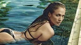 Дженнифер Лопес продемонстрировала свою фигуру в купальнике (5 фото)