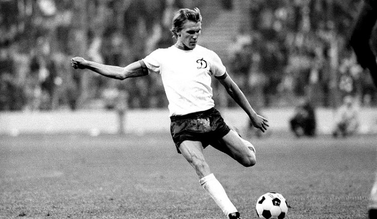 Как забивал Олег Блохин в кубовых европейских турнирах будучи футболистом