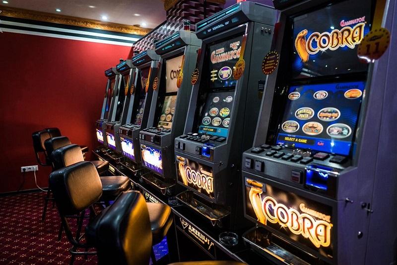 Как научиться играть на игровых автоматах без денежных потерь