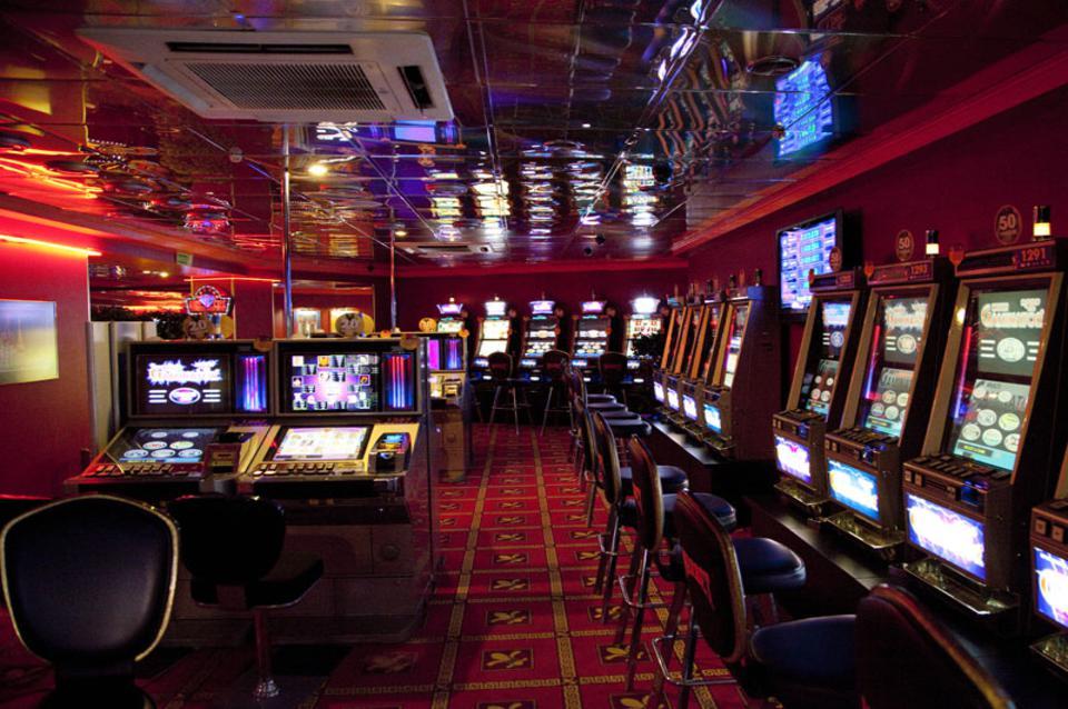Как стабильно выигрывать в онлайн казино и какую использовать площадку