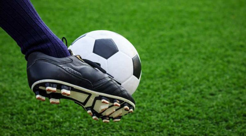 Самые сильные удары в истории футбола - кто бьет по мячу сильнее всех