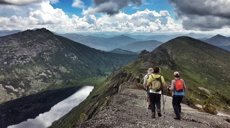 Поход в горы - какого выбрать туроператора в России и как подготовиться к мероприятию