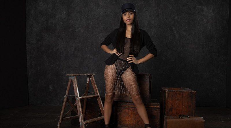 Голая Фатима Кодзима покорила аудиторию журнала Playboy (25 фото)