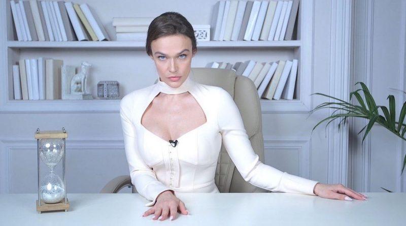 Алёна Водонаева бурно отметила Новый Год (47 фото)