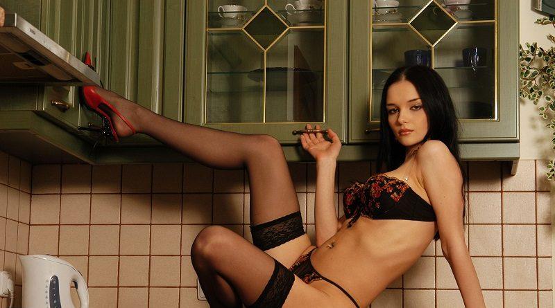 Евгения Диордийчук провела кухонную инспекцию горячего характера (127 фото)