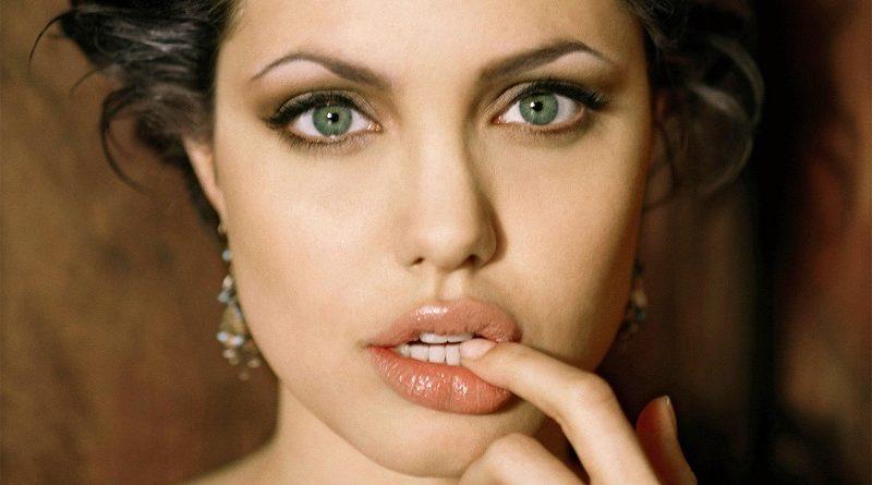 Анджелина Джоли в свои лучшие годы (106 фото)