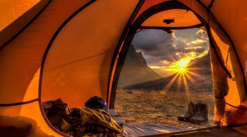 Как выбрать туристическую палатку для туризма и где купить в Украине