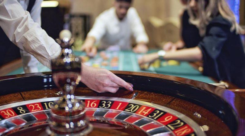 Какие действия позволят выходить на прибыль в казино Rox